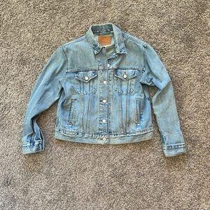LEVI'S Vintage Jean Jacket Distressed Light Wash